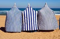 スペイン バスク地方 サラウツビーチ 日除け