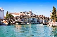イタリア ヴェネチア ドルソドゥーロ地区&大運河 ドルソドゥ...