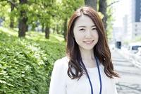 20代日本人女性ビジネスイメージ