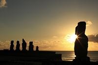 チリ領 イースター島 モアイ像