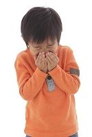 体調不良の日本人の男の子