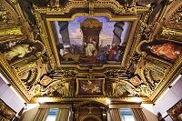 イタリア トゥルシ宮(市庁舎 ストラーダ・ヌオーヴァ美術館) ...