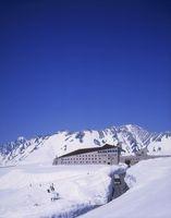 室堂平 雪の大谷