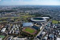 武蔵野の森総合スポーツプラザと味の素スタジアム周辺より都心