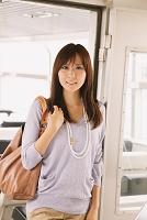 シーバスに乗る日本人女性