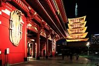 浅草寺 宝蔵門と五重塔