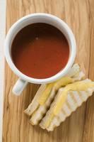カップスープとホットサンド