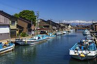 富山県 漁村から立山連峰