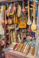 モロッコ フェズ メディナ(旧市街) 楽器