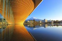 静岡県 早朝の富士山世界遺産センターと富士山