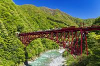富山県 黒部渓谷鉄道