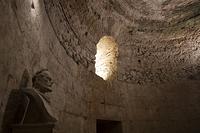 ディオクレティアヌス宮殿 ディオクレティアヌスの胸像 スプリ...