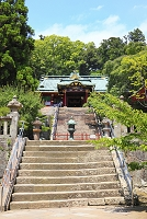 静岡県 久能山東照宮 参道と唐門と国宝の拝殿