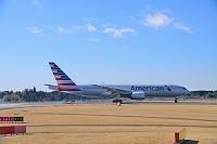 成田国際空港 アメリカン航空 B777-200