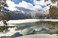 冬の志賀高原三角池