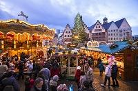 ドイツ レーマー広場のクリスマス市