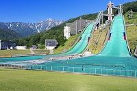 長野県 白馬ジャンプ台と五竜岳