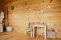 ログハウスの可愛い子供部屋