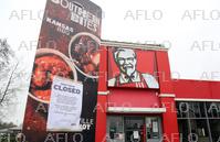 英のKFCが臨時休業 配送トラブルで鶏肉届かず