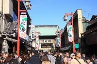 東京都 西新井大師正月風景