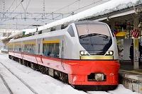 雪の青森駅 特急つがる E751系