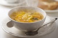 黄色い野菜のスープ