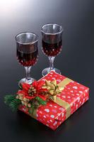 クリスマスプレゼントとワイン