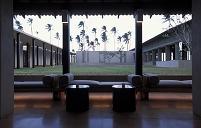スリランカ 中庭の見えるロビー