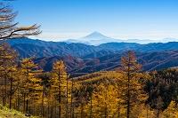 山梨県 笠取山から望む富士山