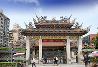 台湾 龍山寺(ロンシャンスー)