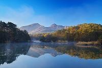 福島県 五色沼湖沼群 毘沙門沼より磐梯山