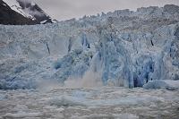 アメリカ合衆国 アラスカ トレーシー・アームの崩れる氷河