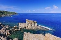沖縄県 軍艦岩と東崎 与那国島
