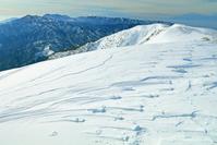 三重県 冬の竜ガ岳と鈴鹿山脈南部の山々