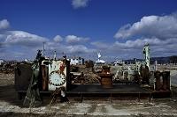 宮城県 2013.3.11中瀬マリンパークの瓦礫と自由の女神