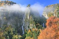 北海道 層雲峡の紅葉と銀河・流星の滝
