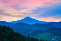 朝の富士山遠望