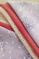 桜柄の着物の重ね衿