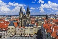 チェコ プラハ ティーン教会と街並み