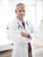 外国人男性医師