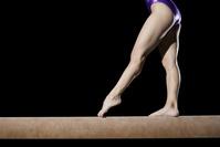 女子体操選手 平均台