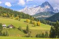 アルプス山脈と小屋