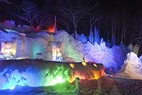 氷点下の森のライトアップ