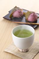 お茶と桜餅