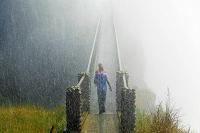 ジンバブエ ヴィクトリアの滝の周りを歩く