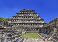 メキシコ エル・タヒン 壁龕のピラミッド