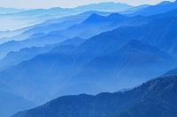 長野県 爺ケ岳よりの山並み