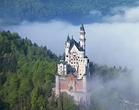 ドイツ 雲海のノイシュバイン城
