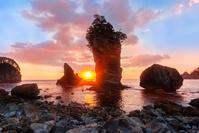 岩手県 三王岩と朝日