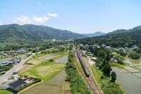 新潟県 C57 SLばんえつ物語 田園を走る 東日本旅客鉄道 磐...